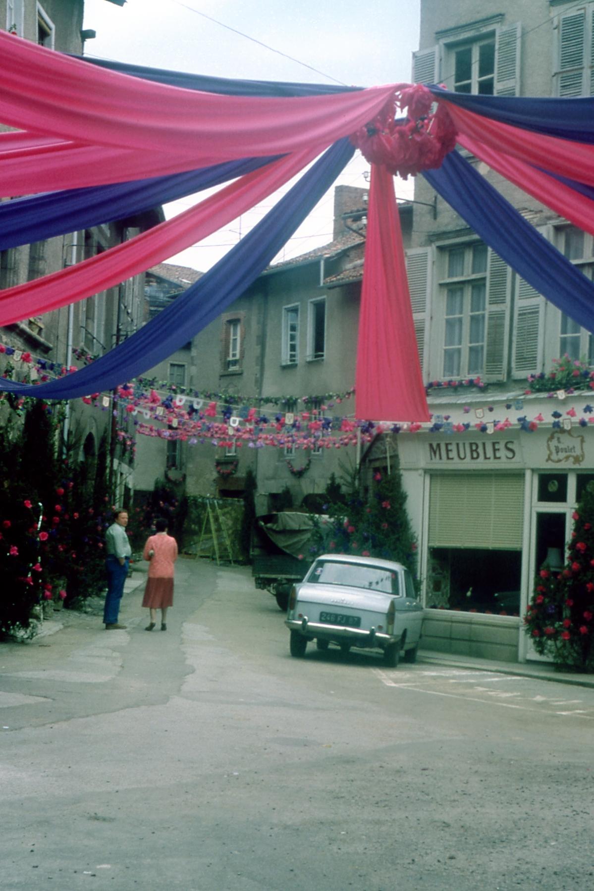 Pictures of the past ostensions - Office de tourisme saint leonard de noblat ...